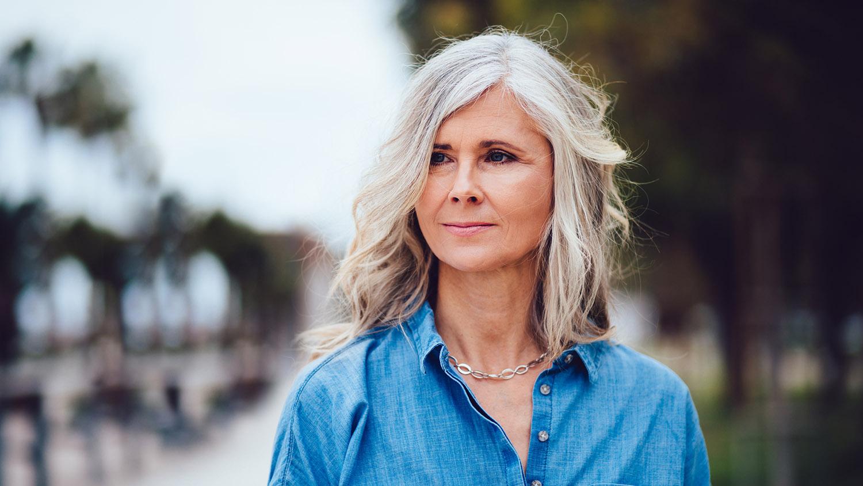 prendre soin de vos cheveux quand vous avez 50 et 60 ans
